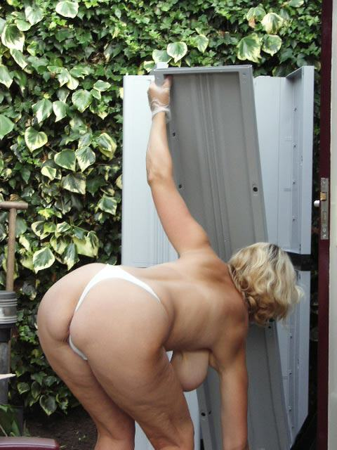 My mom masturbating in medical cabinet of daddy hidden cam