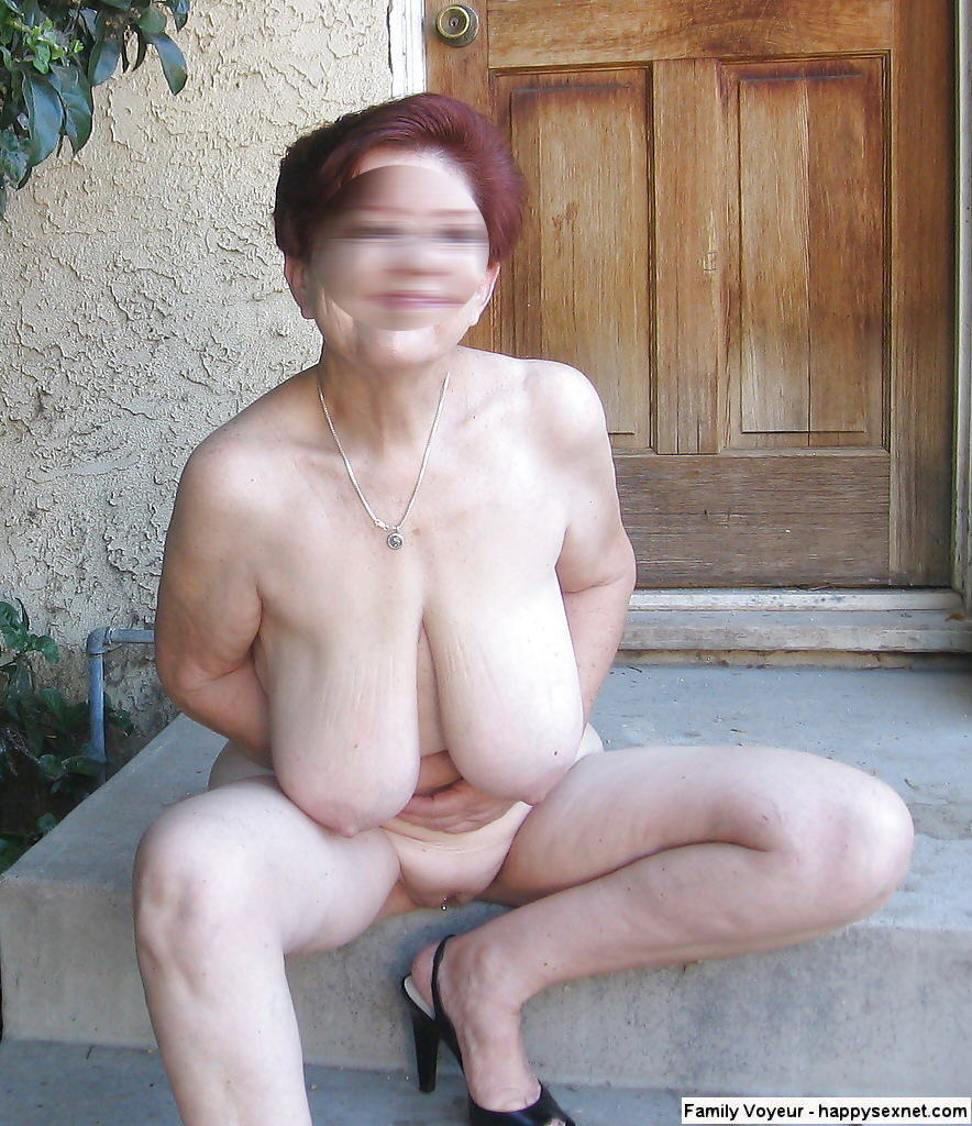 image Sister caught masturbating in the bath
